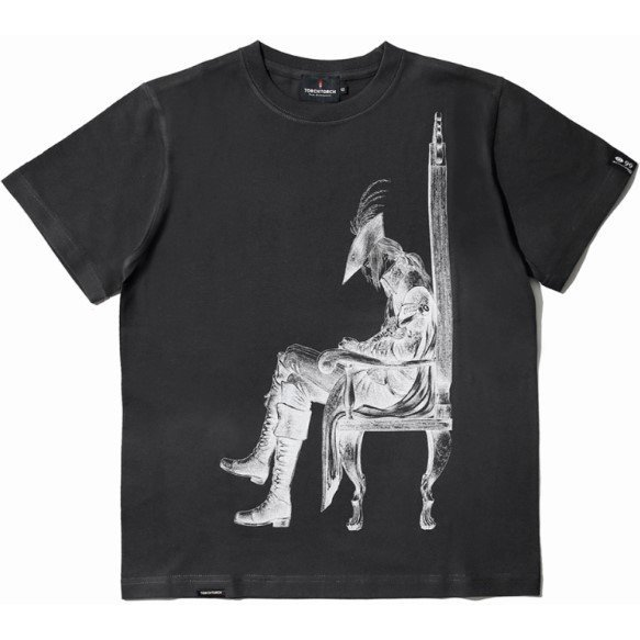 Bloodborne Torch Torch T-shirt Collection: Lady Maria Of The Astral Clocktower Ink Black (L Size)